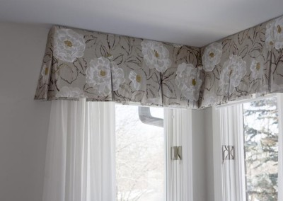 Bedroom-Window Coverings